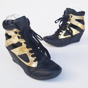 F21 Metallic Cut Black Gold Wedge Heel Sneakers 6
